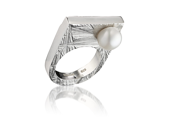 pearlykingring#01